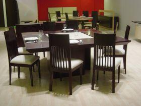 Comedores de madera modernas en quer taro for Comedores redondos minimalistas